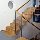 Podesttreppe, gerade Faltwerktreppe